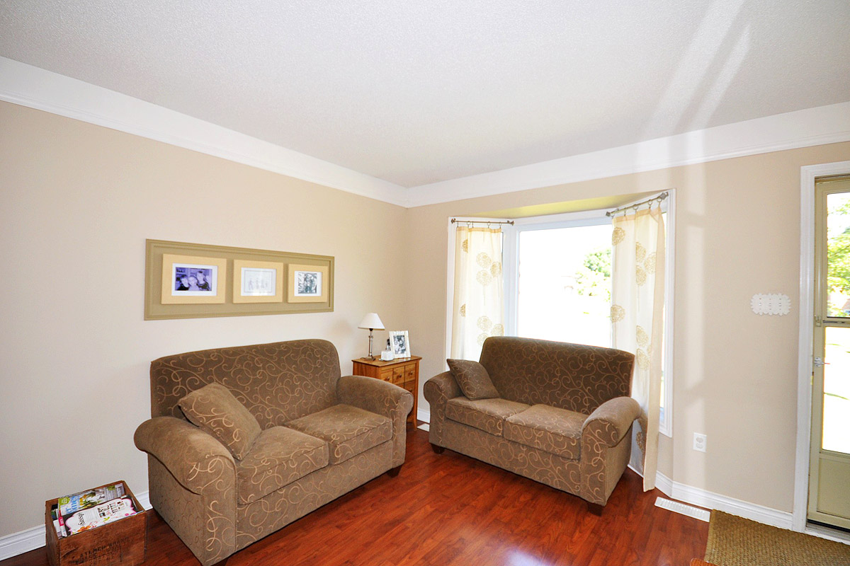 Spacious Family Room