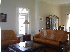 Living & Dining room are seperated by custom pillars and have 11